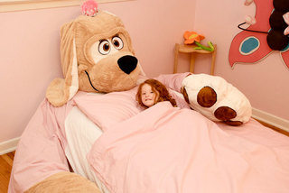 cool-and-funny-plush-kids-bed-from-Incredibeds-6.jpg